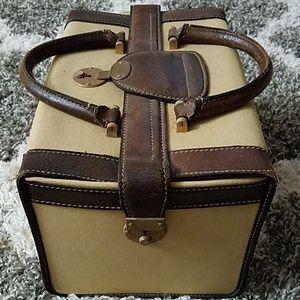 Gucci Bags - VINTAGE GUCCI RARE TRAIN CASE, MAKEUP/HAND BAG